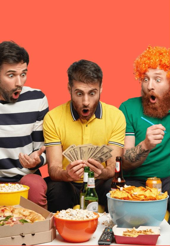 grupo de amigos celebrando que se han ahorrado dinero en su fianza